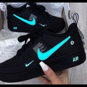 LOOKING FOR THESE! Helpppp!!!